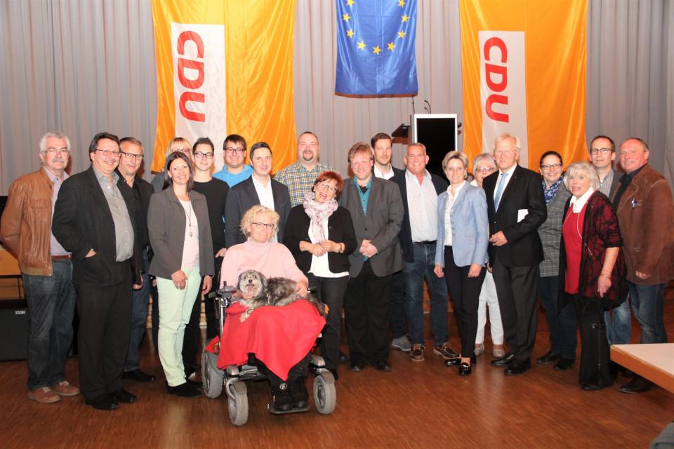 Der Bisinger Ortsverband stellte sich noch zum Gruppenbild mit Ministerin Hoffmeister-Kraut und Heinrich Haasis